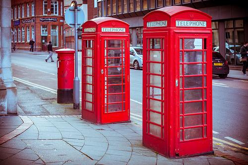 タイ 電話ボックス 便利ボックスに