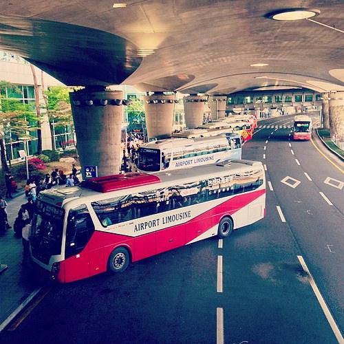 SHOWDC 無料シャトルバス 空港