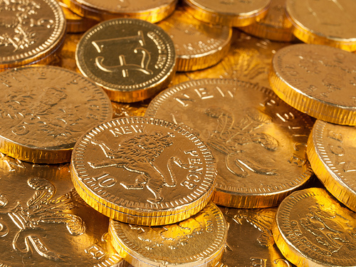 日本 タイ 貯蓄している国 ランキング