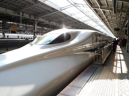 新幹線 バンコク チェンマイ