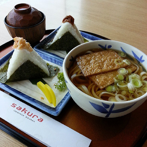 タイ語の日本食紹介サイト 書籍