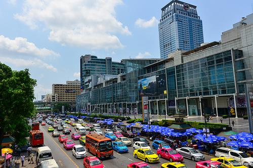 トヨタ タイ バンコクの渋滞を軽減