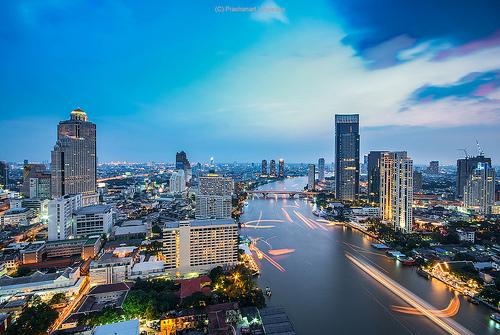 バンコク 週末旅行 充電