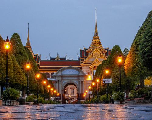 秋篠宮ご夫妻 タイを訪れる